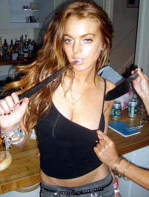 lohan-knife-4.jpg
