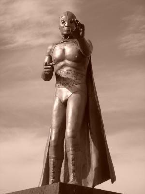 el_santo_statue_mexico_thumb