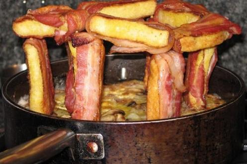 bacon-wrapped-twinkie-stonehedge-18925-1238936315-2
