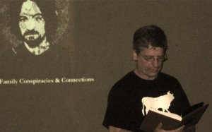 Michael Marinacci reading the Foreword to THE SHADOW OVER SANTA SUSANA (pic by John McCann)